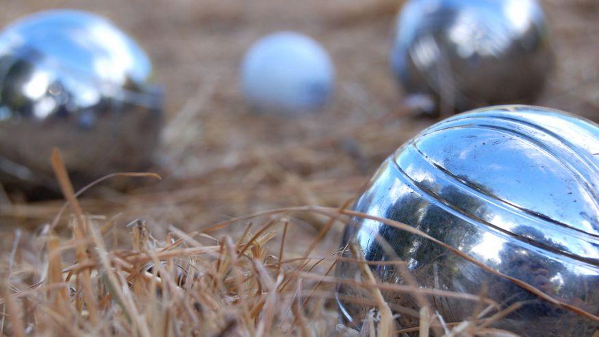 Boule im Park